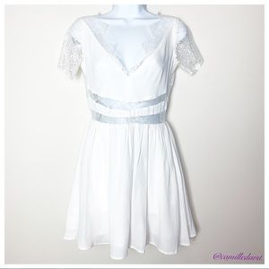 🎉HP🎉 KEEPSAKE THE LABEL | White Lace Dress